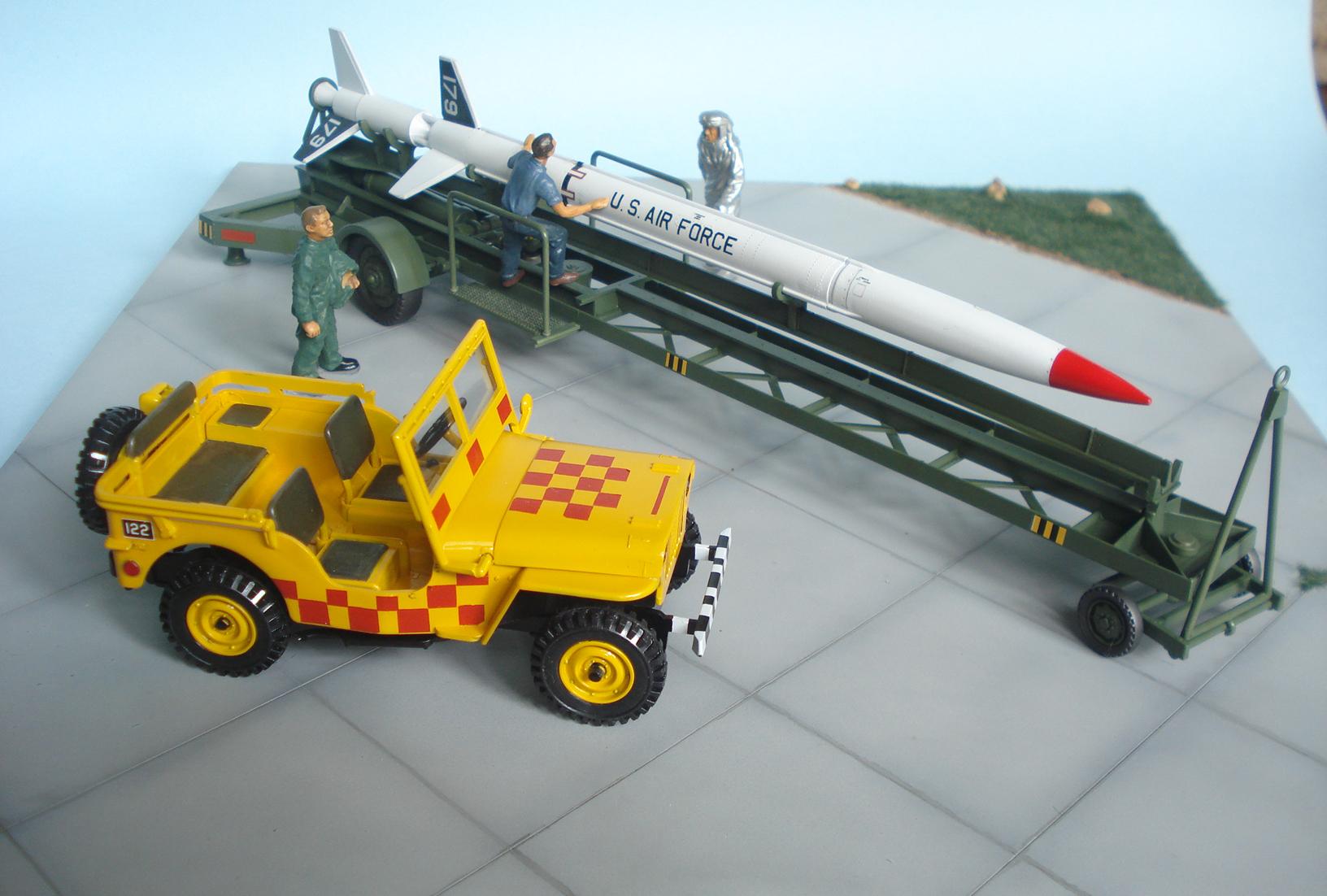 Montando um clássico da Revell, Aerobee HI