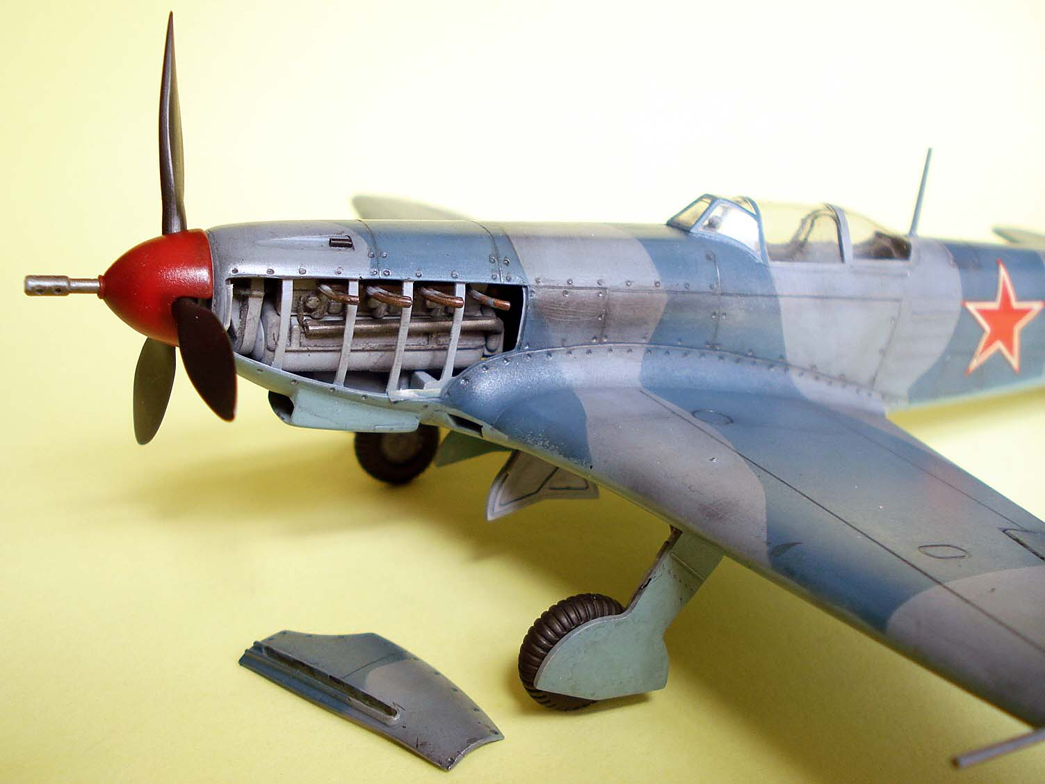 O canhoneiro voador – ICM Models YAK-9K, 1/48
