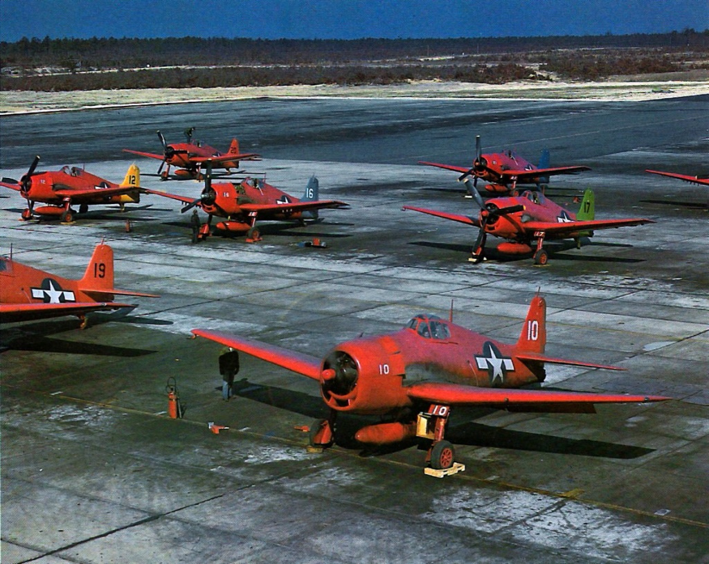 grumman-f6f-5k-hellcat-brightly-colored-drone-and-target-aircraft-post-war-01