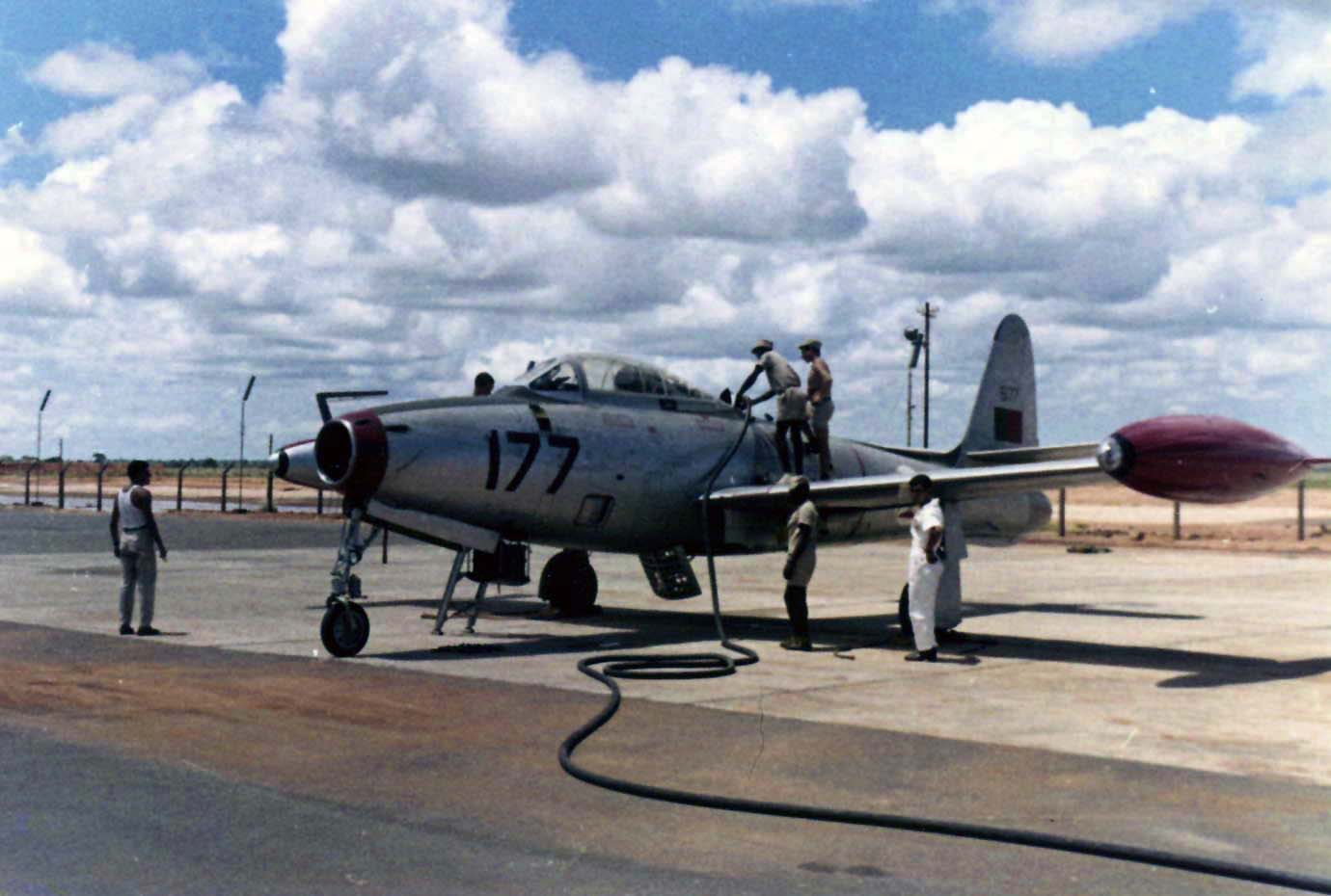 F-84_Portugues