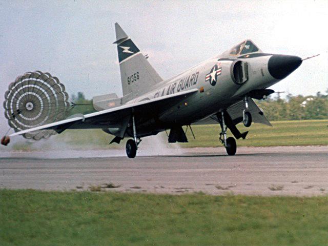 F102_4